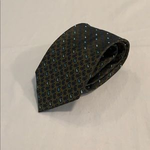 Claiborne Patterned Silk Tie NWOT